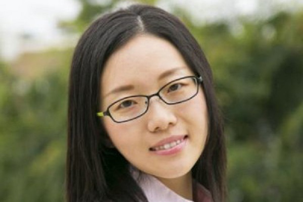 Ph.D. student Xinxin Jin dissertation proposes ways to reduce mobile networking disruptions.